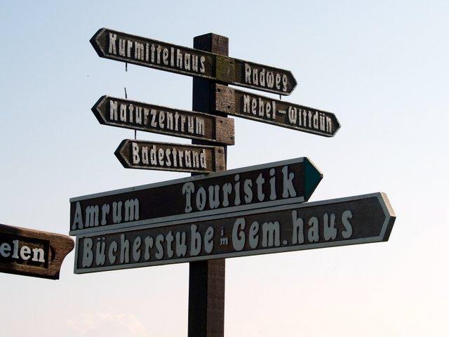 Standesbeamte, Insel, Amrum, Hochzeit, Brautpaare, Dienstzeiten, Untreue, Flensburg, Staatsanwaltschaft, Landgericht