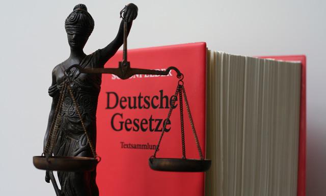 Justitia, Thomas Fischer, Vorsitzender, BGH, Edathy, Kinderpornografie, Staatsanwaltschaft, Polizei, Ermittlungen