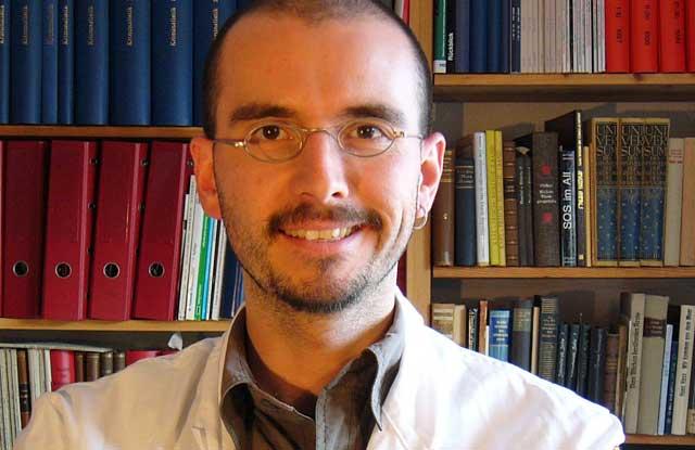 Mark Benecke, Rechtsmedizin, Kriminalbiologe, Kriminalbiologie, Bundespolizei, Durchsuchung, Radial Profiling