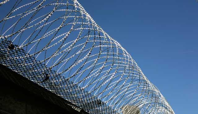 Gefängnis, Gefängnisse, Haft, Haftanstalten, JVA, Justizvollzugsanstalten, Insassen, Häftlinge, Bedienstete, Bewertung, Ranking, Review, Kommentar
