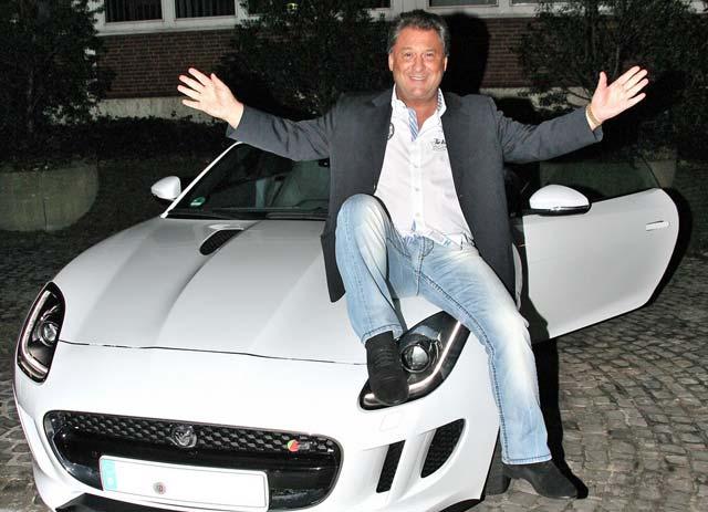 Milliarden-Mike, Jaguar