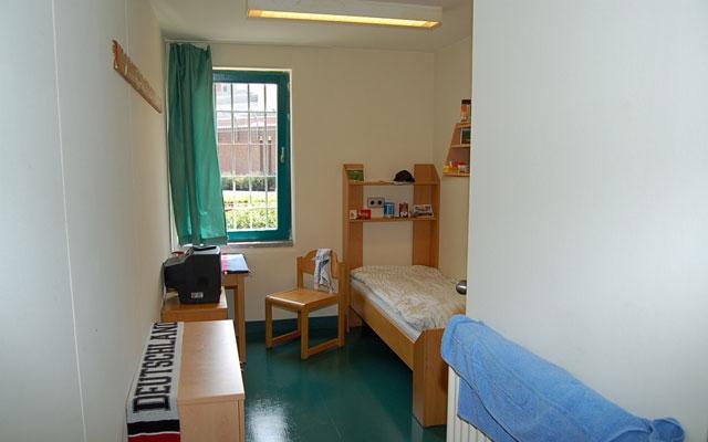 Haftraum, JVA, Langzeitbesuch, Justizvollzugsanstalt, Oldenburg, Hamburg, Zelle, Langzeitsbesuchsraum, Kuschelzelle, Besucherraum