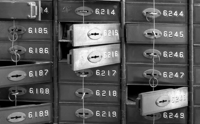 Schwarzgeld, schwarze Kassen, Kassen, schwarz, Konto, Konten, Schwarzgeldkonto, Schwarzgeldkonten, Parteispendenaffäre, Parteispende, Untreue, Vermögensschaden, endgültiger Vermögensschaden