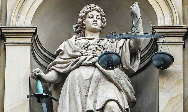 Urteil, Rechtskraft, Wiederaufnahme, Wiederaufnahmeverfahren, Gerechtigkeit, Anwalt, Rechtsanwalt, Strafrecht